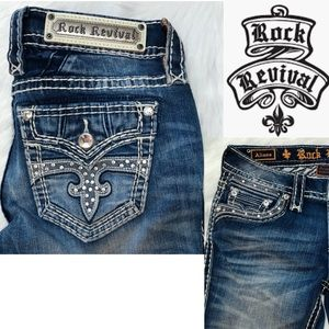 NWT Rock Revival Lt Blue Wash Jeans Size 26